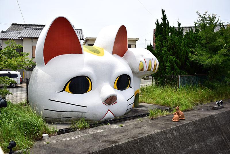 常滑市の招き猫